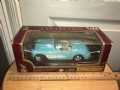 ROAD4485 - ROAD LEGENDS miniatura de metal 1:24 Diecast 1957 CHEVROLET CORVETTE CONVERTIBLE